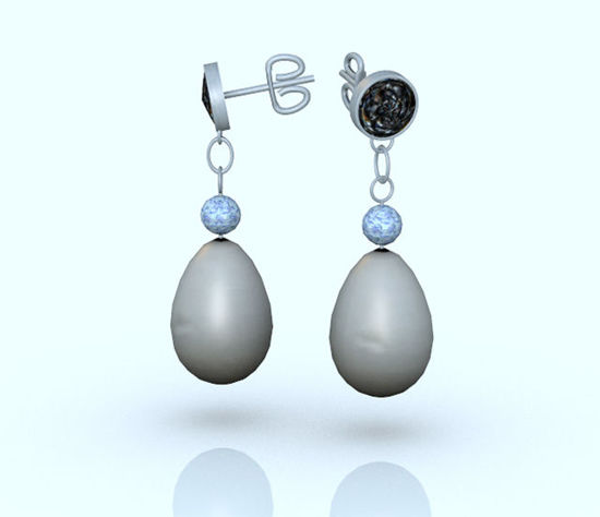 Picture of Vintage Pearl and Crystal Earring Props